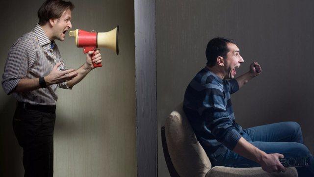 Cоседи угрожают физической расправой: что делать, как защититься от нападок