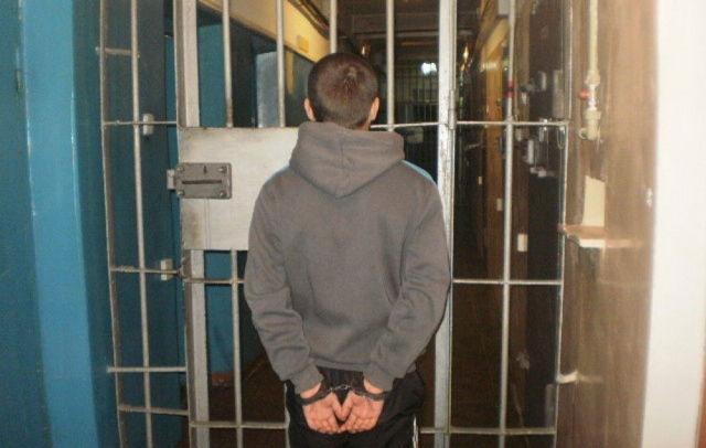 Освобождение несовершеннолетних от наказания: ст. 92 УК РФ