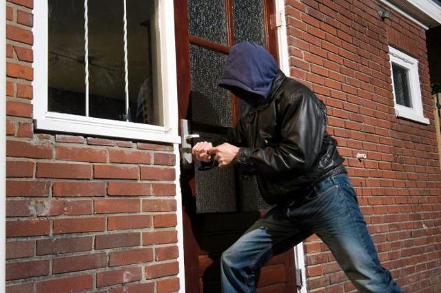 Отличие кражи от грабежа