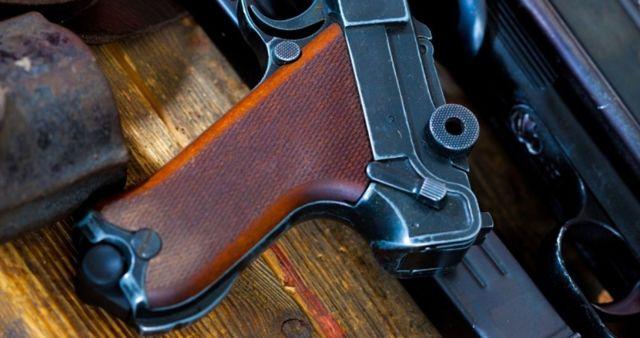 Статья 222 УК РФ: незаконный оборот, хранение, но завершение оружия