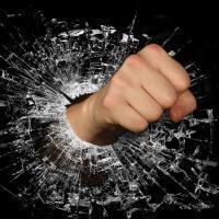 Статья избиение несовершеннолетних УК РФ