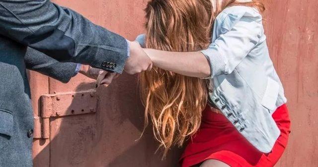 Совращение малолетних: 134 статья Уголовного кодекса РФ