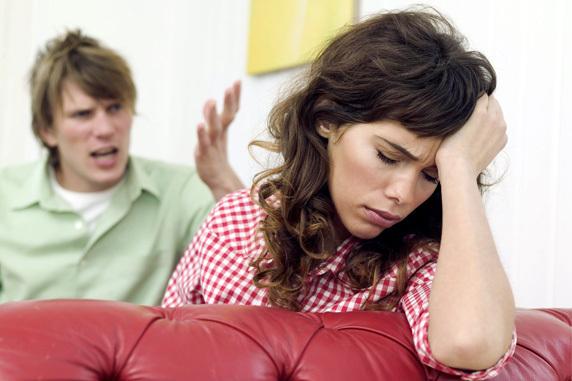 Муж угрожает физической расправой: что делать, как защититься по закону