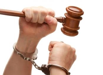 Ст. 305 УК РФ: вынесение заведомо неправосудного приговора